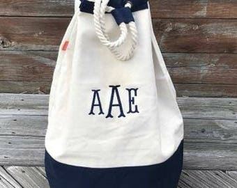Monogrammed Laundry Bag, Personalized Laundry Bag, Canvas Laundry Tote, Laundry Tote,Laundry Duffel,Dormroom Laundry Bag,College Laundry Bag