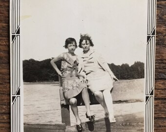 Original Vintage Photograph Pearl Girls
