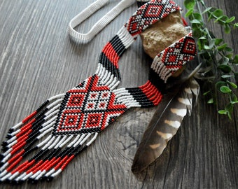 Wonderful tribal necklace, Seed bead necklace, Black red white necklace, Boho necklace, Gift for her, Geometric necklace, Bohemian jewelry