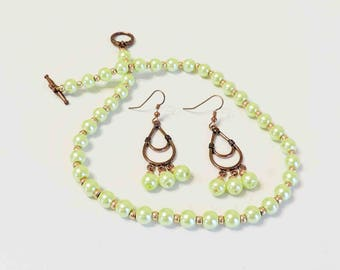 Light Green Glass Pearl Necklace and Matching Earrings With Copper Accents
