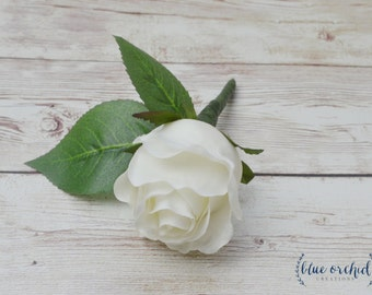 White Rose Bud Boutonniere, White Boutonniere, Rose Bud Boutonniere, Bout, Groom Boutonniere, Groomsmen Boutonniere, Button Hole, Wedding
