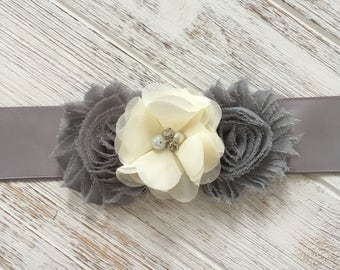Gray Ivory Flower Sash, Gray Bridal Belt, Gray ivory Wedding Belt, Ivory Flower Girl Sash, Gray Bridesmaid Belt Sash, Gray Ivory Chiffon
