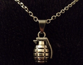 80p UK P&P Handmade Grenade charm pendant necklace on 17inch chain silver weapon deadpool army bomb cute gift 3D charm
