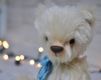 Artist Teddy Bear. Jointed Collectable Bear Nimmy