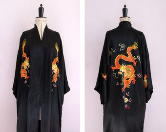 Vintage Chinese hand embroidered black silk robe - Chinese Dragon silk robe - Chinese kimono - Chinese silk kimono - Chinese dressing gown