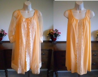 Vintage Peach Chiffon Peignoir Set ~ 1960 s MOVIE STAR Baby Doll Peignoir  Negligee Nightgown Set ~ 882152465