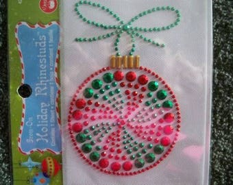 Round Ornament Iron-On Holiday Rhinestuds Applique