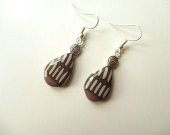 Drop-shaped earrings. Handmade. Polymer clay. Fimo.