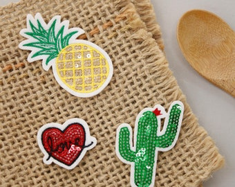 Lovely Spangles decoration set of 3, Heart, Cactus, and Pineapple