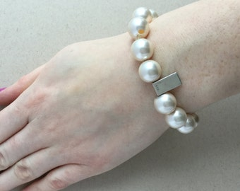 Pearl bracelet - Swarovsky pearl bracelet - Trendy bracelet - Beaded bracelet - Fashion bracelet - Ladies bracelet - Statement bracelet