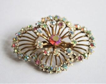 Vintage pink crystal brooch.  Enamel brooch.  Flower brooch.  Vintage jewellery