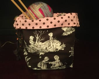 Drawstring Knitting Project Bag, Toile Children Playing pink/cocoa