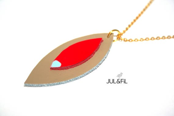 Necklace leather and plated gold 24 carats, shuttles leather taupe and coral, light turquoise Aqua lacquer
