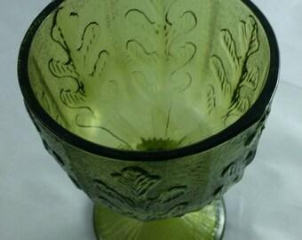 Goblet Vintage Green Glass Pededstal Bowl Oak Leaf Candy Dish Elegant Plant Container Festive Christmas Home Decor Table or Mantle Display