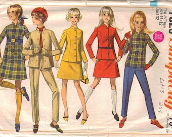 Vintage Pattern Retro Pants Suits and Skirt Suits  Bust 32  1968  Simplicity 7829