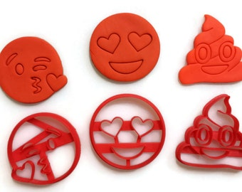 emoji heart eyes emoji kiss emoji crochet emoji