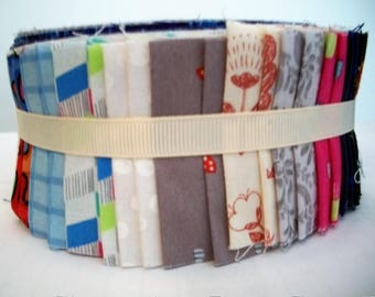 40 strips - Jelly Roll Quilting Patchwork Cotton Fabric - Jelly Roll - 2 1/2 inches x 44 inches each - Tissu pour courtepointe