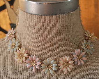 1950s Pastel Flower Necklace