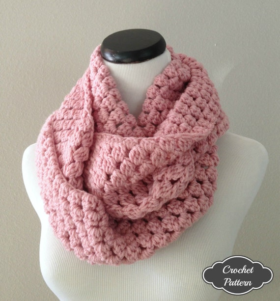ON SALE CROCHET Pattern - Chunky Crochet Infinity Scarf Pattern ...