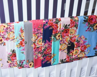 Floral Swaddle,Baby Shower Gift,Girl Swaddle,Newborn,Baby Girl,Nursing Cover,Carseat Cover,Nursery,Cute Swaddle,Blanket,Hospital,Receiving