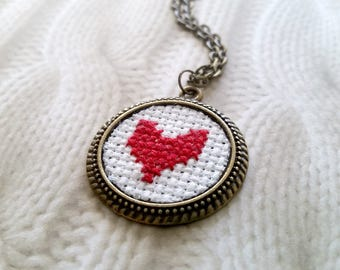 Heart necklace - Hand Embroidered - Cross stitch - Vintage Style - Red Heart Necklace