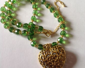 Green crystal glass necklace pendant necklace heart necklace green necklace crystal necklace statement necklace fashion necklace beaded