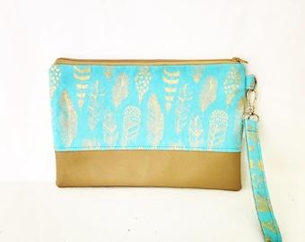 Clutch Evening Purse Handbag with wrist strap zip closure and 2 slip pockets.