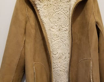 Soft Faux Shearling Coat/Jacket with Textured Embossed Lining size Ladies L/XL