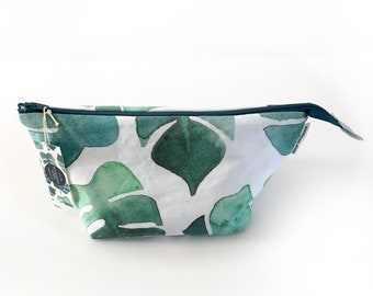 Cosmetic Bag in 'MONSTERA leaf' print