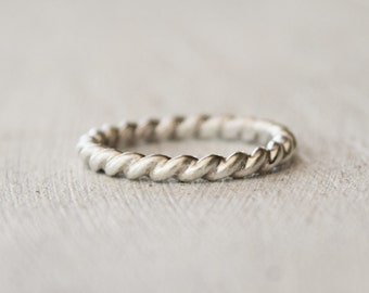 Thick Silver Twist Ring - Sterling Silver - Rope Ring - Modern Silver Ring  - Gift For Her - Wedding - Bridesmaid