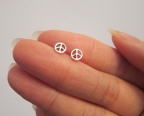 gabby alixandra silver stud grande products peacesignsilver sterling studs earrings sign peter peace