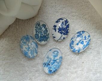 CABOCHONS FLEURS ROSES lot de 5 cabochons 2.5 cm  en verre ovales fleurs roses et et champetres pour créations bijoux sur supports