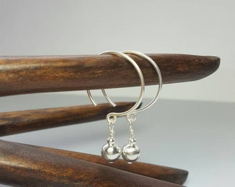 Sterling silver hoop earrings / Silver circle earrings / dangle drop earrings / Modern silver dangle / Boho earrings / Drop earrings