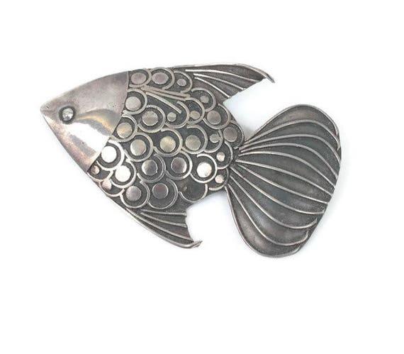 Sterling Fish Brooch Dimensional Marine Life Sea Life Ocean Life Vintage