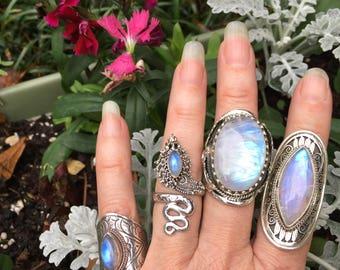 Rainbow moonstone ring/8