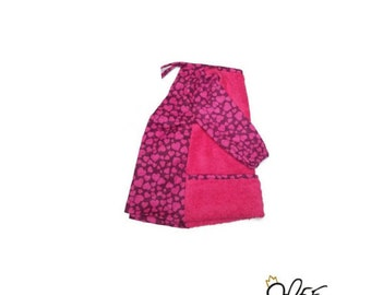 Pink bib with sleeves, adjustable, craft apron for toddlers, pink heart motif, handmade by MEF Creations Boutique