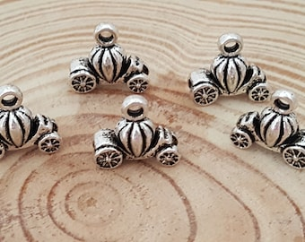 5 Antiqued Silver Pumpkin Carriage Charms | Halloween Charm | Fall Charm