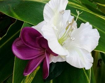 TROPICAL FLOWER Hair clip. Flower clip, Hibiscus, Wedding Headpiece, Silk Flower, Bridal clip, Hawaiian, Hair accessory, hair piece, Beach