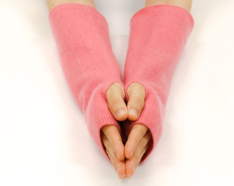 Handmade Cashmere Fingerless Gloves, Arm Warmers, Wrist Warmers, Texting Gloves, Upcycled Cashmere Gloves, Eco Friendly, Rose Pink