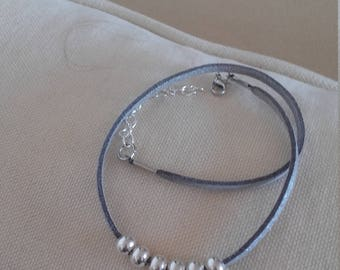 Bracelet gray leather cord silver beads