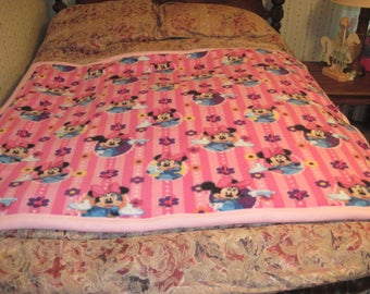 Crib Sized Minnie Mouse Fleece Blanket in Pink
