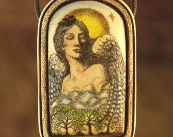 goddess angel Lady Wing scrimshaw technique Moosup pendant