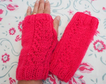 Evettes Wrist Warmers | Handknitted hand warmers | Handmade | Adult mittens | Cable mittens | Vegan fingerless gloves | Red