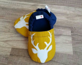 Baby slippers, crib shoes, baby shower gift, red, mustard buck slippers, baby shoes, soft moccs, baby moccasin, baby boy slippers, toddler