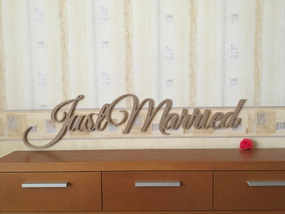 Just Married Sign Photo Prop Wedding Sign Wooden Just Married Wedding Decoration Laser Cut Letters Carved Wood Just Married for Photography