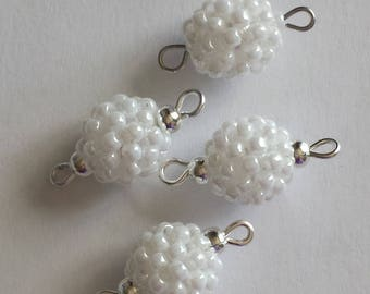 4 beads seed connectors (2.5 mm) White Pearl
