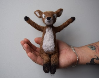 Deer coffee in felt with needle, Colombian wool-Articulated decorative Craft | Needle felt Fawn in Colombian Wool-articulated Doll