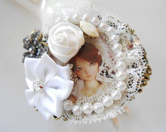 Shabby chic bride bracelet.