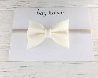 cream hair bow, felt hair bow, cream felt bows, Baby Felt Hair Bow, Felt Hair Bows, Baby Felt Bow, Felt Hair Bow Clip, classic hair bow