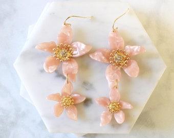 Blush Resin Flower Earrings, Bridal Earrings, Bridesmaid Earrings, Rose Flower Earrings -2061